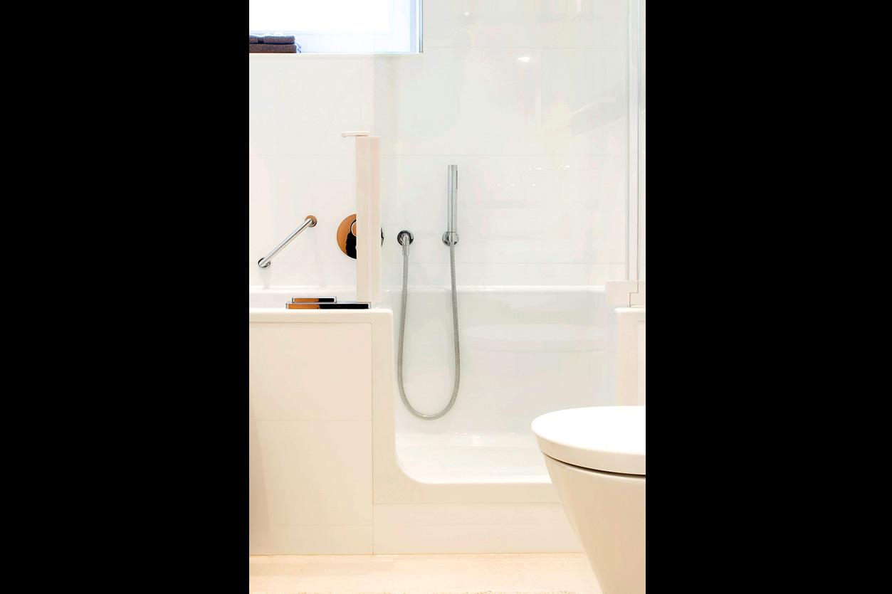 Bukoll Bäder und Wärme, Dießen am Ammersee, Referenzen, barrierefreies Bad, begehbare Badewanne