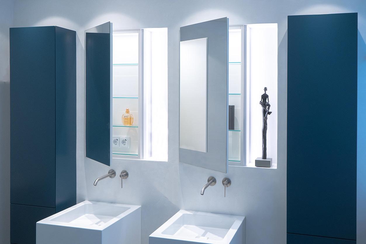 Bukoll Bäder und Wärme, Dießen am Ammersee, Referenzen, kleines Bad in blau, Doppelwaschbecken